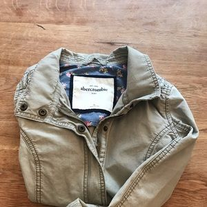 Kids Amber Crombie light weight jacket